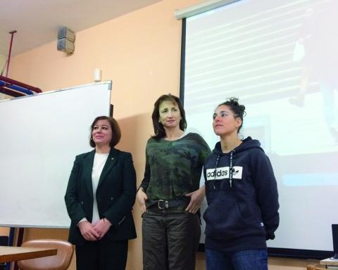 Vero Boquete estivo acompañada pola secretaria xeral da Igualdade, Susana López Abella, e a secretaria xeral para o Deporte, Marta Míguez, na súa visita a Chantada a finais de decembro.  GPXG